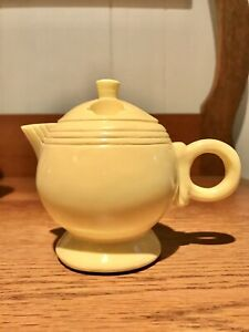 RARE-Fiesta-Fiestaware-Canape-Copco-Mini-Yellow-Teapot-Knife-Spreader-Holder