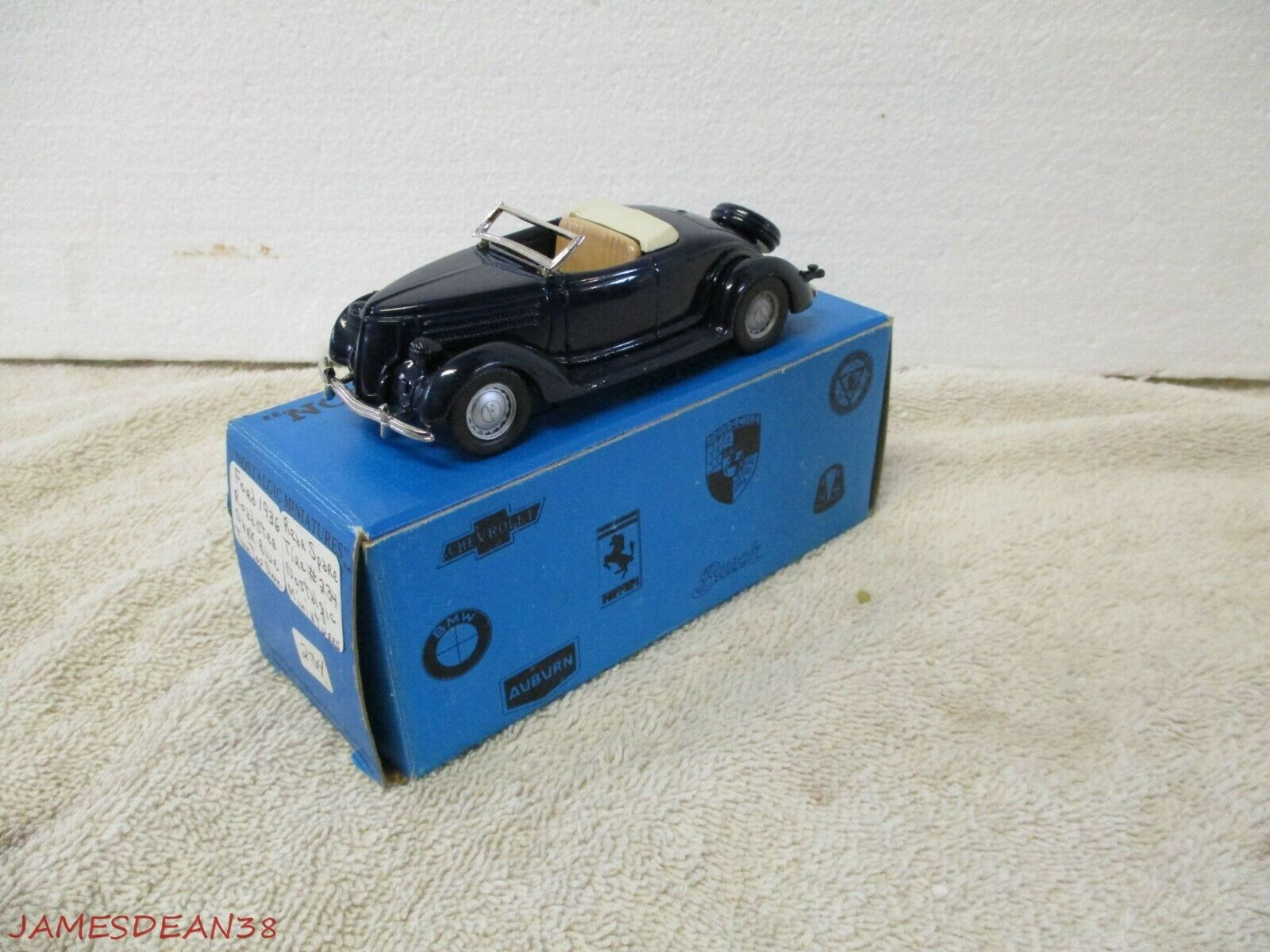 NOSTALGIC MINIATURES 1936 FORD FORD FORD COUPE ROADSTER White Metal USA in Box ba0