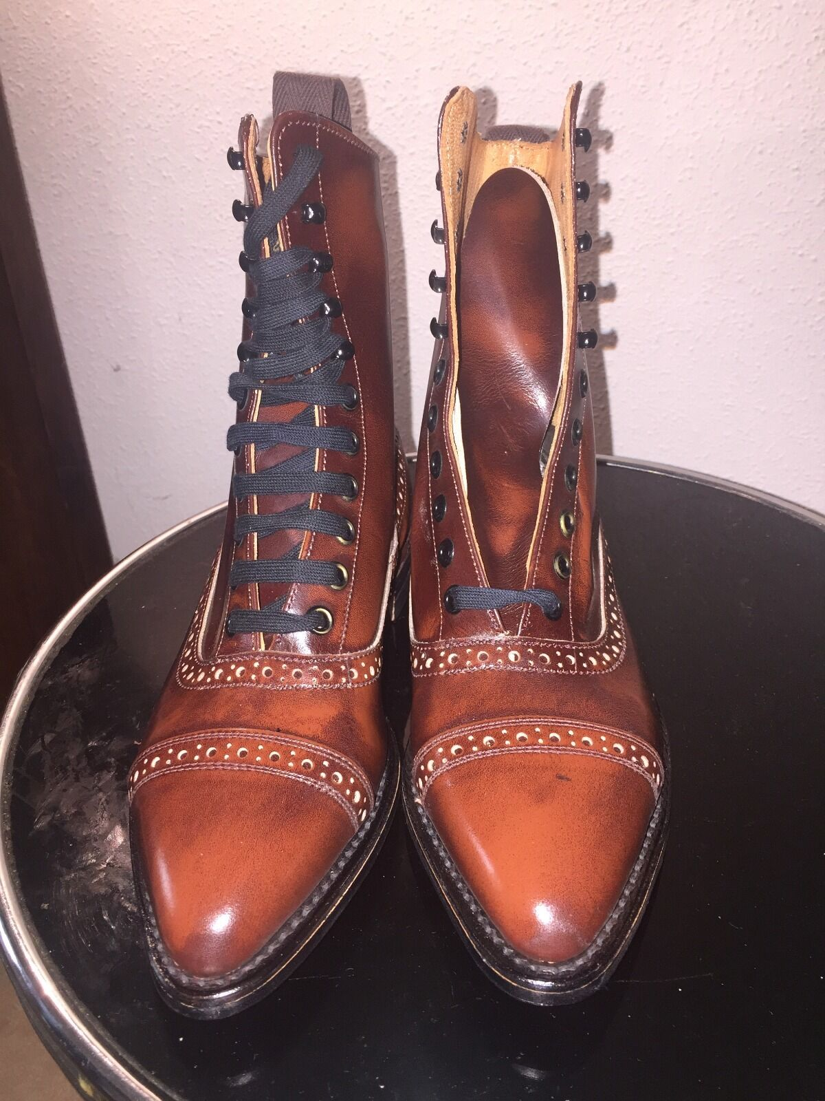 Balmoral boots,all leather,hand made in England,UK4(37),UK5(38)New old stock!