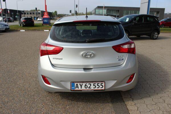 Hyundai i30 1,6 CRDi 110 Comfort Eco - billede 5