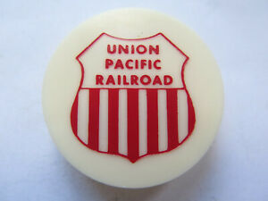 USA-UNION-PACIFIC-RAILROAD-PLASTIC-BOTTLE-CAP-SANTA-ROSA-CALIFORNIA-c1990s