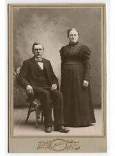 CAB PHOTO OF A COUPLE FROM NORTHFIELD, MINNESOTA, BY HABER, STUDIO