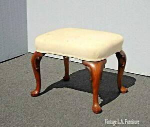 Vintage-French-Country-Off-White-Footstool-Bench-with-Queen-Anne-Legs