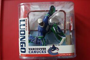 McFarlane ROBERTO LUONGO NHL Series 15 Blue Retro VARIANT Vancouver Canucks