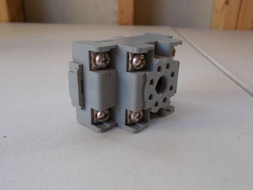 Square D Type NR52 Class 8501 10A 300V 97311 97811C Socket Base *FREE SHIPPING*
