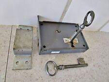 serrure de porte d'entrée avec 2 clés-2 points-avec butée-contemporaine