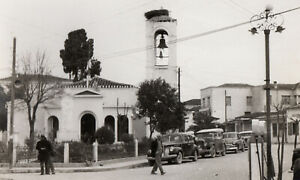 #39814 Greece 1950s. Provincial town square with temple. Photo PC size