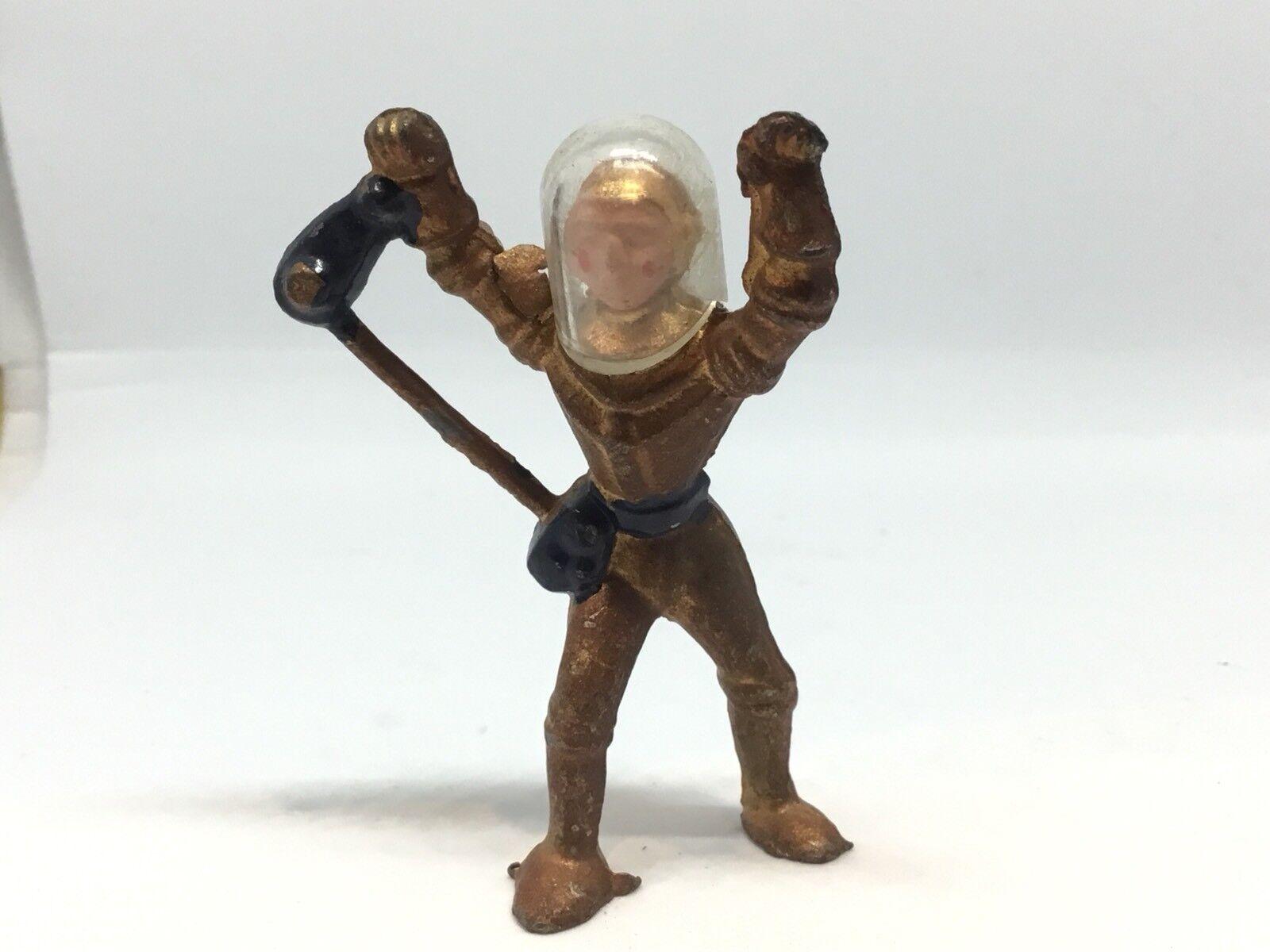 Cherilea Spaceman Standing Arms Up (Ref Grey 735)
