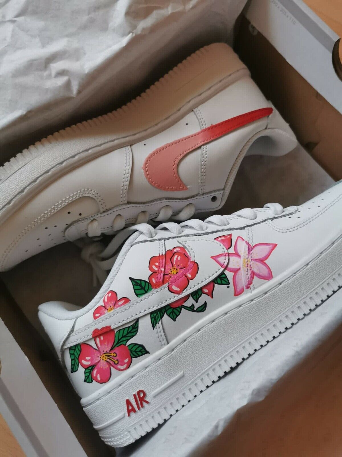 sneakers Nike AF1 Air Force One taille 38 customisées Femme