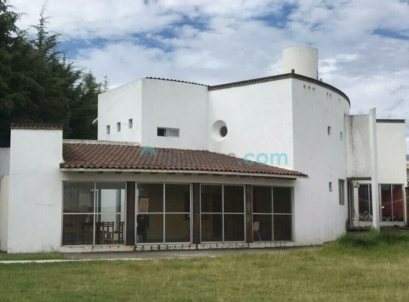 Amplia Casa de Campo en Cacalomacan