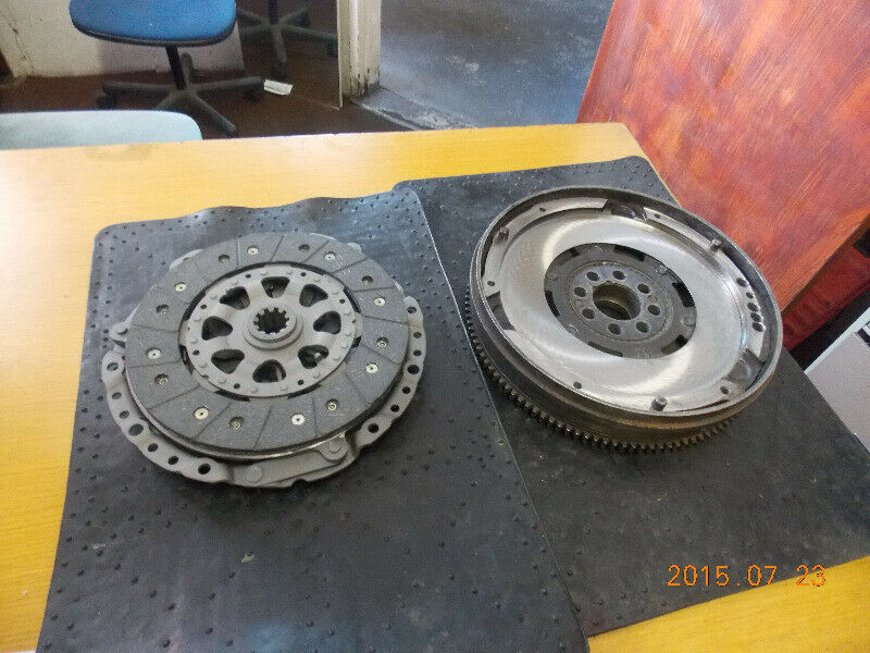 Duel Mass Flywheel R 3000