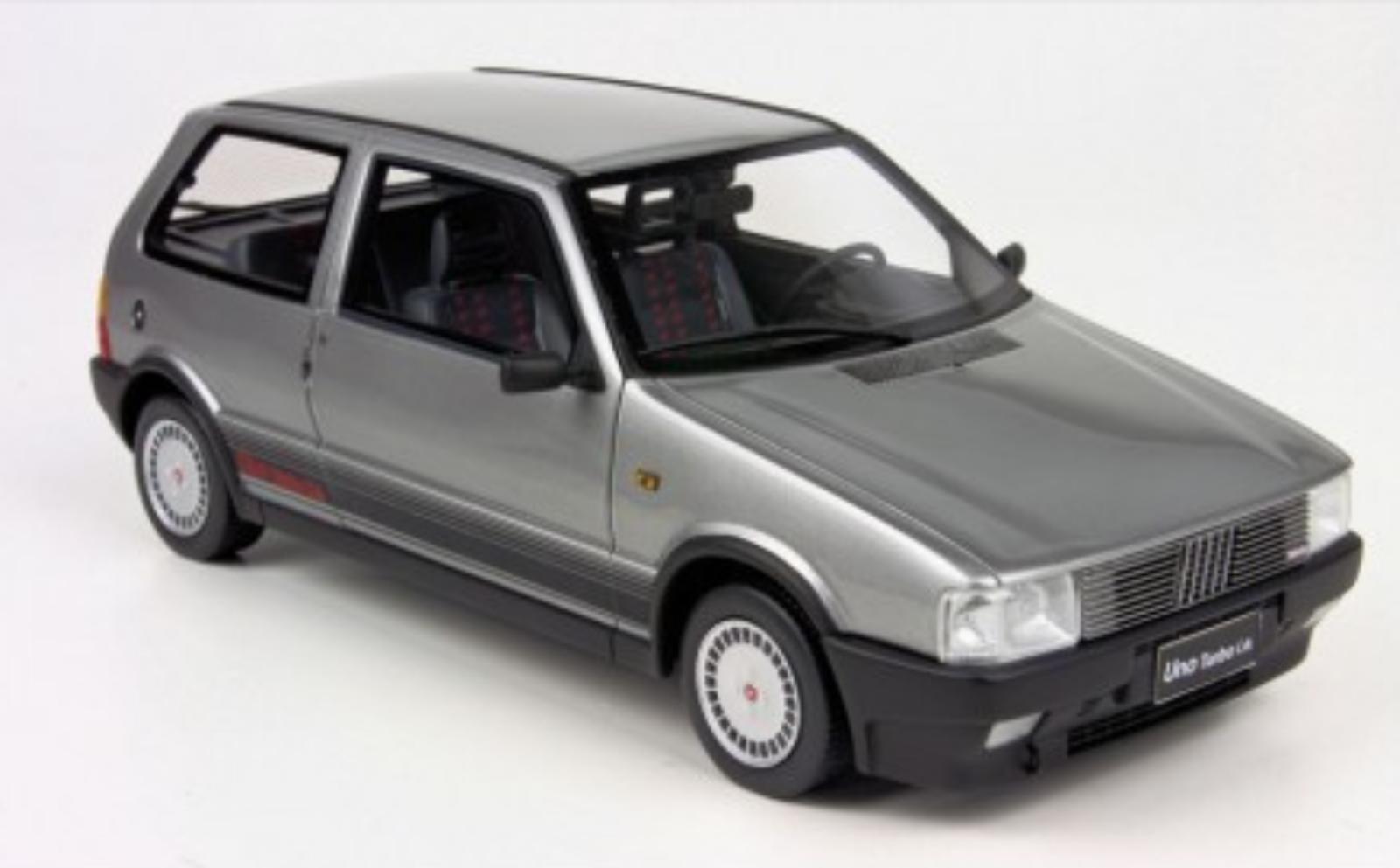 1 18 Fiat Uno Turbo 1986  1 18 • Top Marques TOP02B  économiser 35% - 70% de réduction