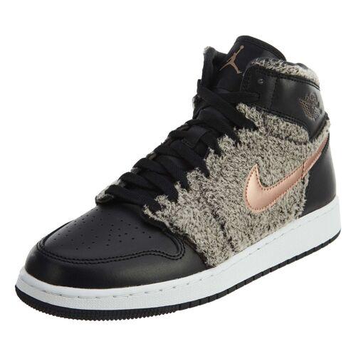Grade School Youth Size Nike Air Jordan Retro 1 High Athletic Fashion 332148 022