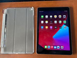 Apple iPad Air 2 9.7'' 64 Go Wi-Fi Tablette - Gris Sidéral