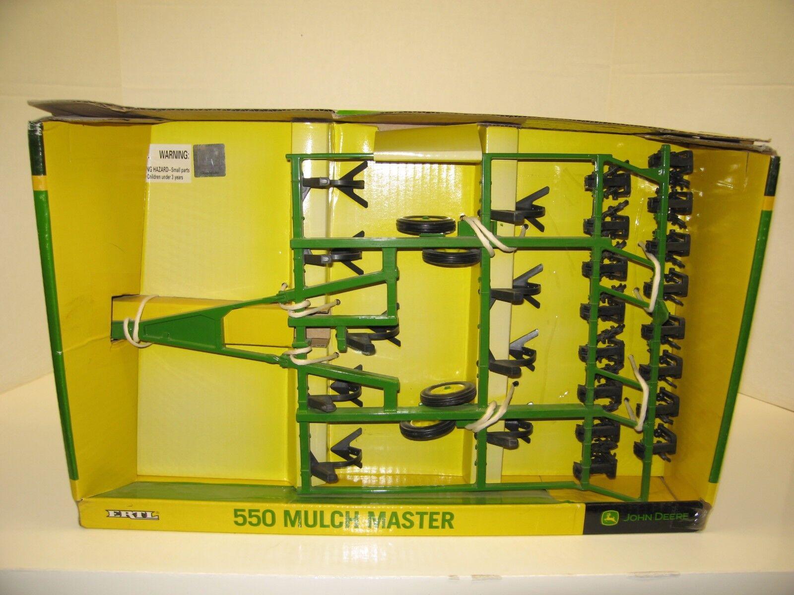 1 16 JOHN DEERE 550 MULCH MASTER NIB free shipping