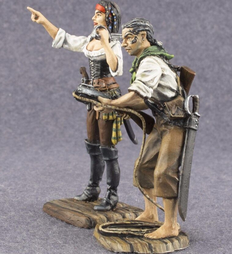 Pirate Woman and Man Painted 1 32 Toy Tin Soldier Miniature 54mm Metal Figurines