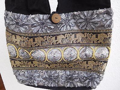 Damen-Taschenbeutel aus Stoff mit Applikationen