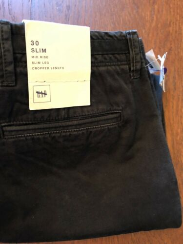 Men/'s GAP Mid Rise Slim Leg Cropped Length Pant Dark Gray Size 30
