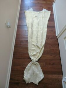 Pottery Barn PB Teen Emily /& Meritt Mermaid Tail throw blanket kids 45x68 gold
