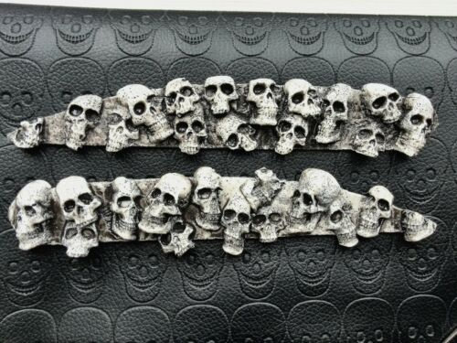Saddlebag hinge covers Ivory skull pile Yamaha Royal Star Venture// Tour Deluxe