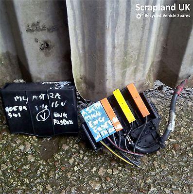 vauxhall astra fuse box mk4 vauxhall astra mk4 g 1998   2004 1 4i under bonnet fuse box 90589541  vauxhall astra mk4 g 1998   2004 1 4i