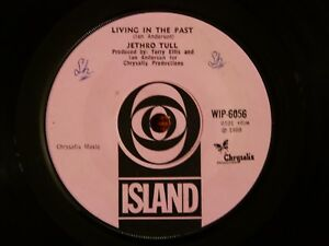 45T-SP-JETHRO-TULL-LIVING-IN-THE-PAST-ISLAND-WIP-6056-ENGLAND-1969