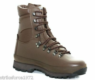 NEW - ALTBERG Defender Army Issue Brown Combat Boots - UK Size 8 Wide (8.5)