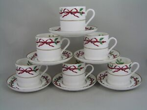 SET-OF-SIX-ROYAL-WORCESTER-HOLLY-RIBBONS-DEMITASSE-COFFEE-CUPS-CANS-AND-SAUCERS
