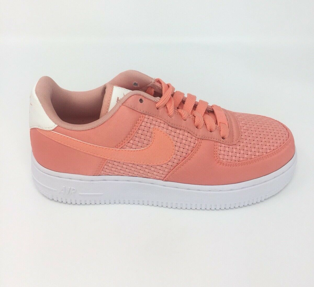 Nike Air Force 1 AF1 kvinnor kvinnor kvinnor Uk 4.5 Eur 38 Crimson Bliss Classic Sneeaker ny  Lagra