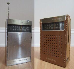vintage transistor radio Lloyds model 8R35 RETRO mcm 1970's USA leather case