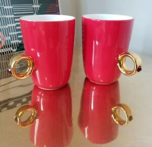 PAIR-of-2012-Fred-amp-Friends-RED-Crystal-Ring-Handled-Cups-Mugs-YUSUKE-FUJINUMA
