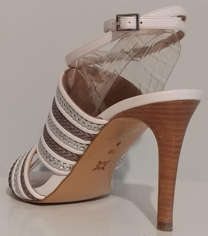 NEW   BCBGeneration Karli Ivory 10M Sandals 4