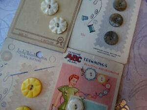 GORGEOUS CARDS ANTIQUE VINTAGE MOTHER OF PEARL DYED & CARVED BUTTONS