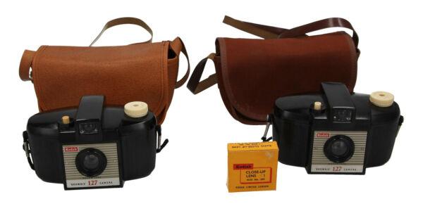 2 X Kodak Brownie 127 Caméras Inc Cas & 1 Close Up Lens Vintage