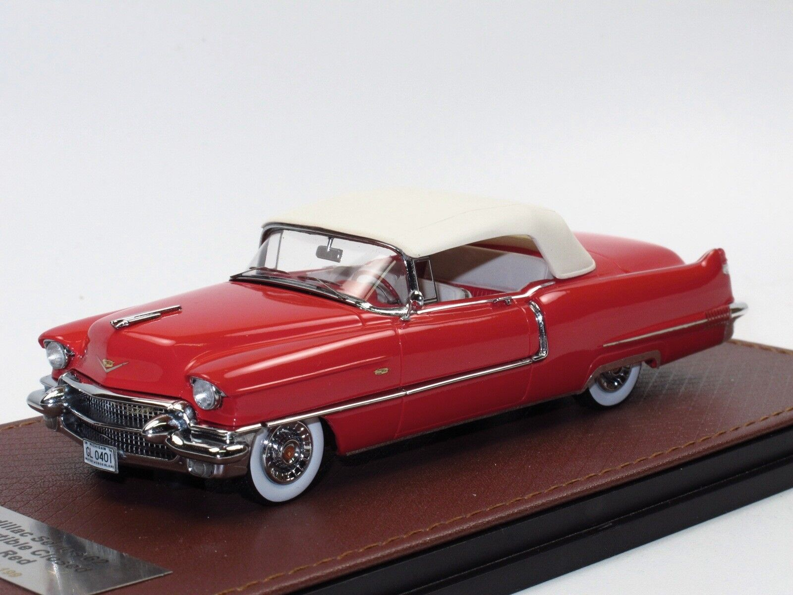 GLM 1956 Cadillac Series 62 CONverdeIBLE TOP UP rosso 1 43 Limited Edition