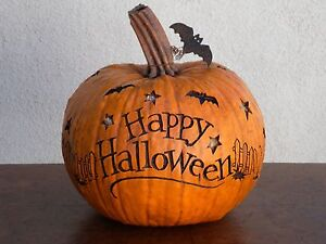 SALEM-COLLECTION-HAPPY-HALLOWEEN-LARGE-PUMPKIN-CARVED-BATS-USA-95058-NEW-IN-BOX