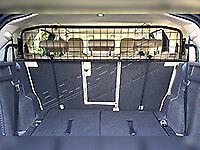 Land Rover Discovery Sport  Half Height Mesh Type Dog Guard DA5812