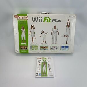 Nintendo-Wii-Fit-Balance-Board-in-Box-amp-Wii-Fit-Game-Complete-Works-Lot-Bundle
