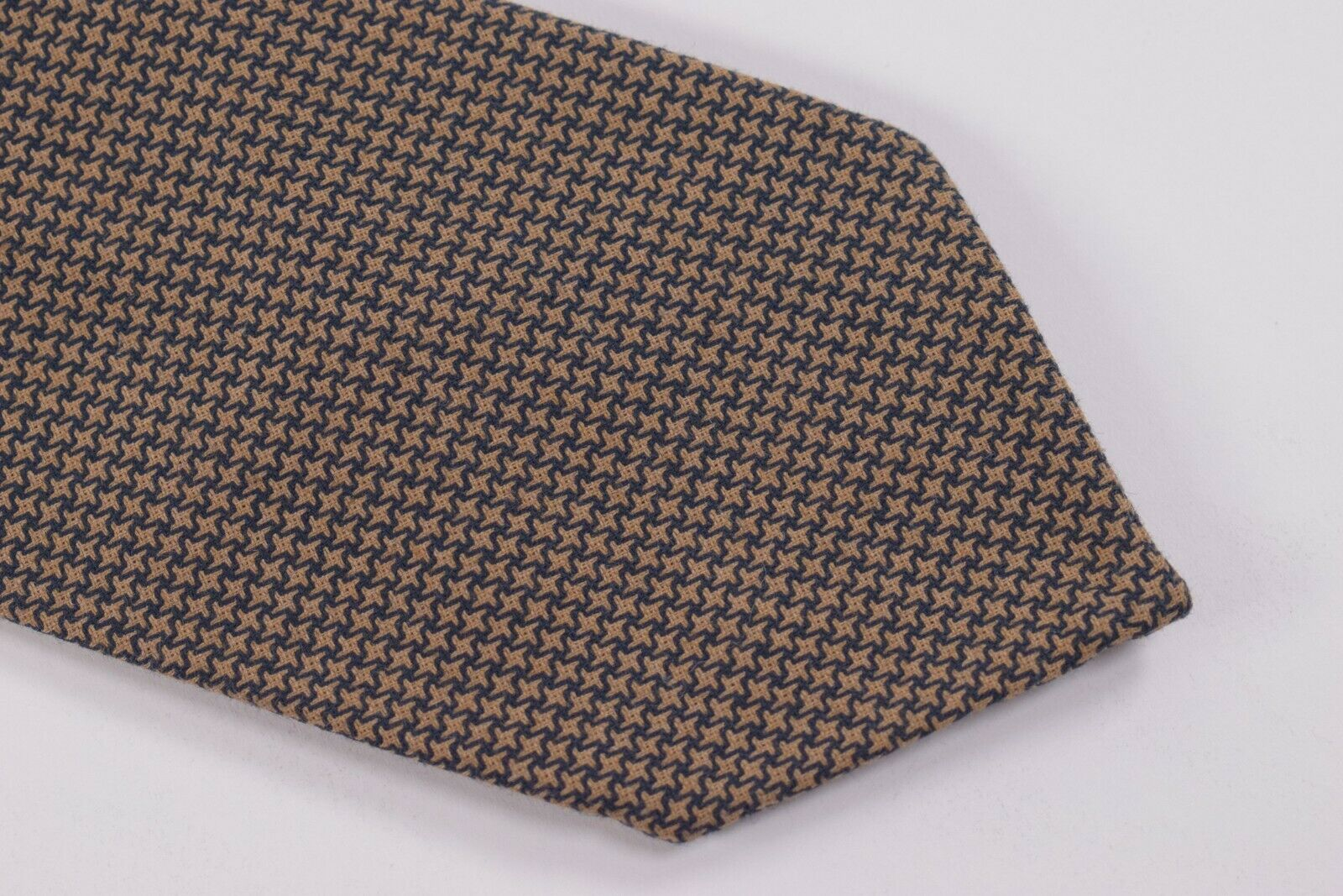 Belvest Neck Tie NWT Brown and Black Houndstooth Cotton Blend