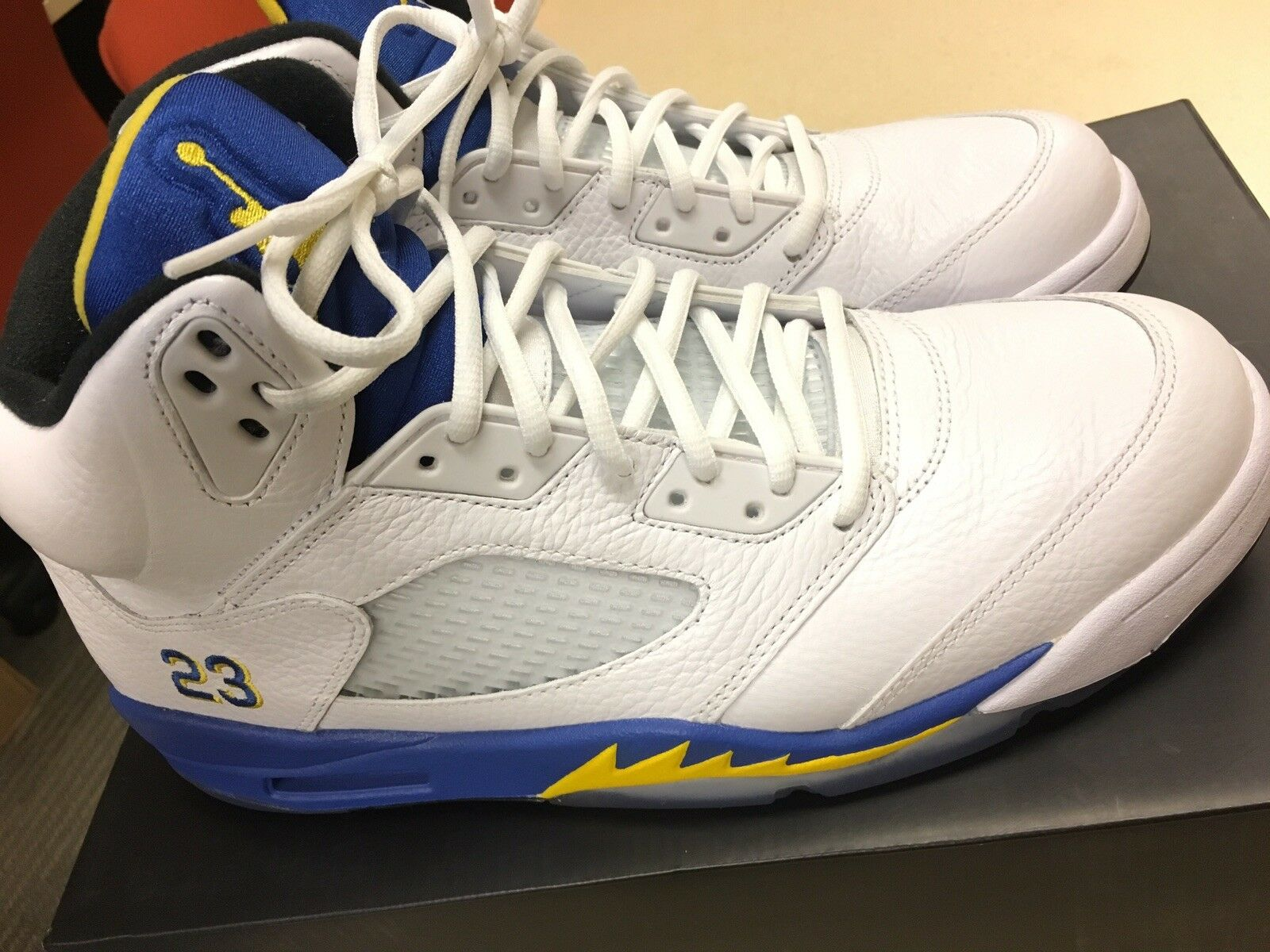 NIKE AIR JORDAN V 5 LANEY 2013 OG RETRO ORIGINAL Size 11 DS Kept Icy  Must See