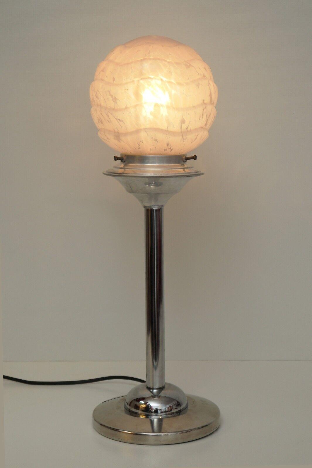 Weltweites Unikat Bauhaus Art Déco Tischlampe  ALUETTE  Chrom antikes Opalglas