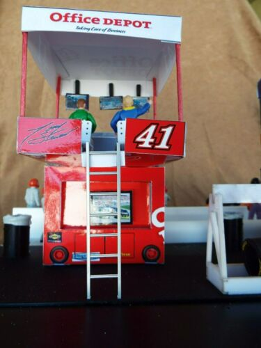 """Details about  /1//32 Scale 2-Pit Box and 1-Split//Pit Wall Display Combo     /""""ASSEMBLED/"""""""