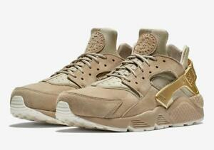 21f3c3e92fe8 NIKE AIR HUARACHE RUN PREMIUM 704830 201 KHAKI TAN METALLIC GOLD ...