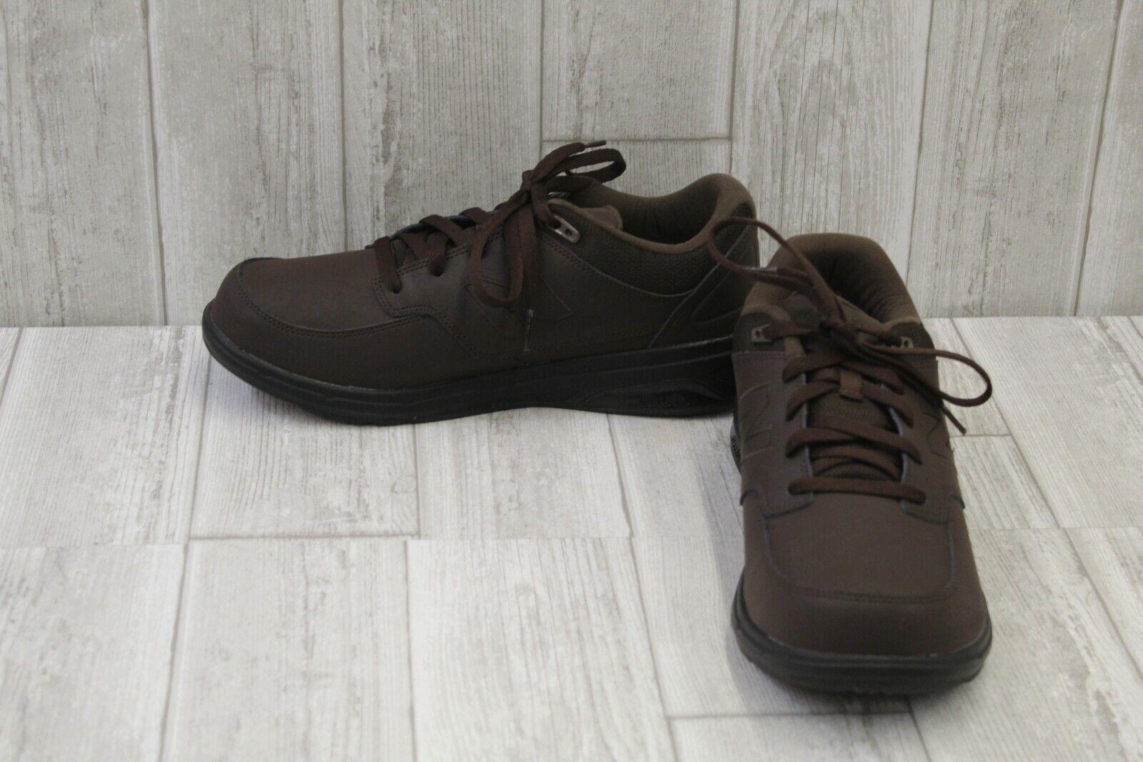 Zapatos para caminar, New Balance 813 para hombres E, Marrón