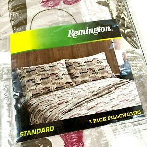 Set-of-2-Remington-Pillowcases-Fly-Fishing-Trout-Hunting-Cabin-Lodge-New