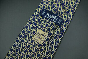 Hermes-Paris-Made-In-France-Blue-Chain-Geometric-Pattern-Silk-Tie-7568-SA