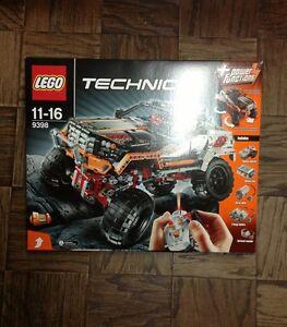 Brand New Lego Technic 4X4 Crawler (9398)