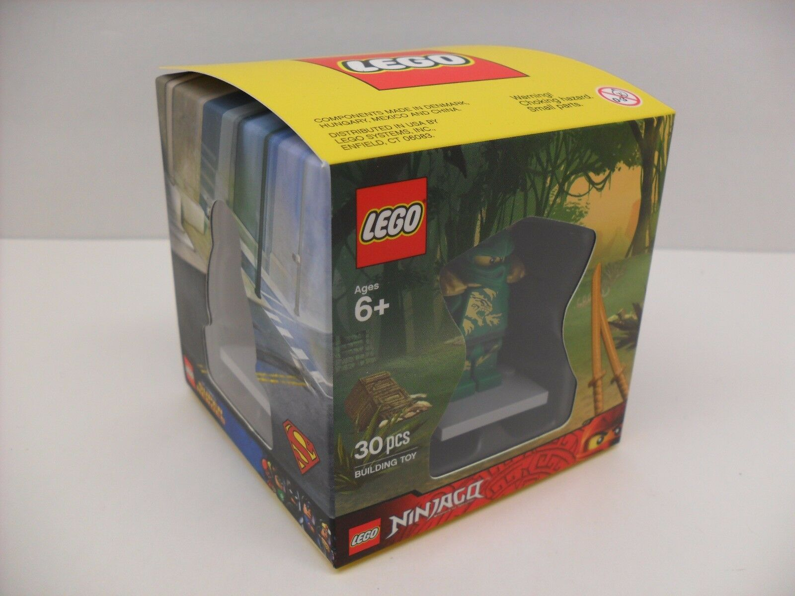 ERROR 2015 Factory Sealed LEGO Target Exclusive 4 Minifigure Cube Set