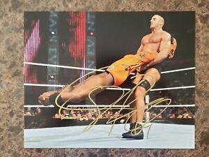 CESARO-Signed-WWE-8x10-Photo-Autographed