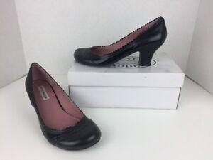 8dbacc9dfcfd Women s Steve Madden Black Patent Leather Heels Scalloped Trim 9.5M ...